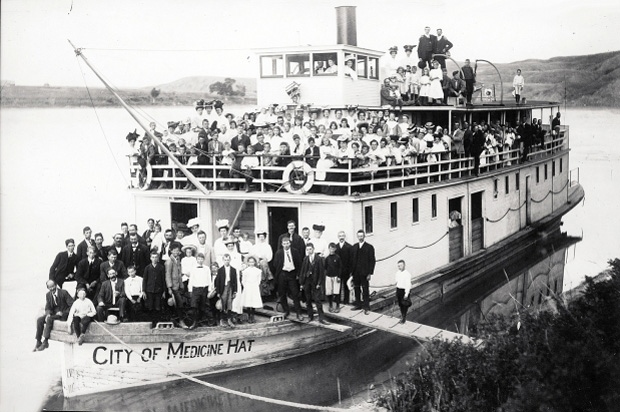 The SS City of Medicine Hat sank in 1908 when it struck a pier on Saskatoon's Traffic Bridge.