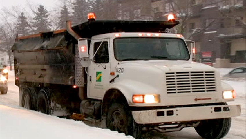 Snow truck cleans up priority roads in Saskatoon