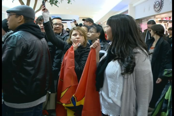 Hundreds of people gathered at The Centre mall Thursday night in support of the Idle No More movement.